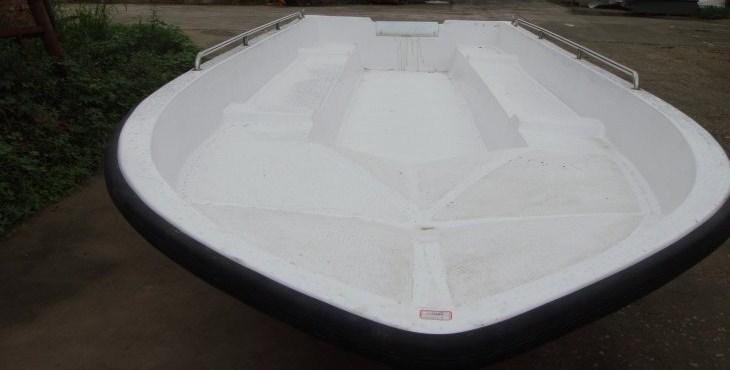 590冲锋舟